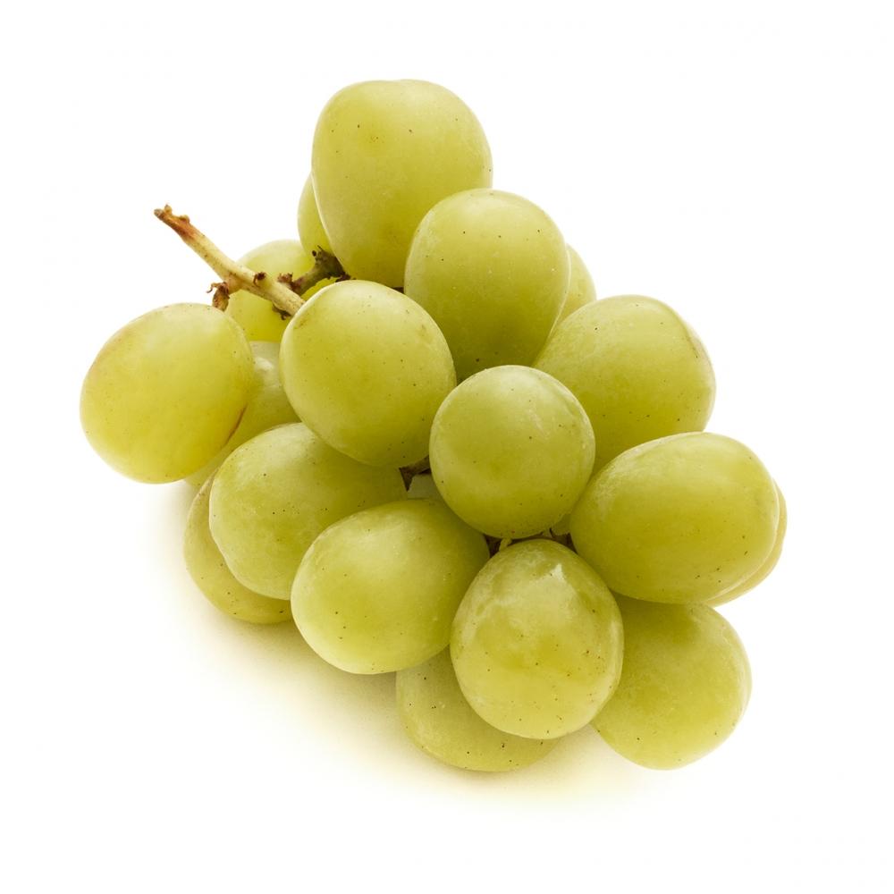 Imagen en la que se ve un racimo de uvas verdes