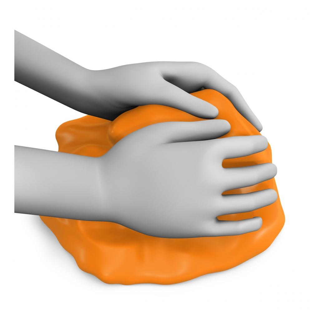 Imagen en la que se ven unas manos amasando