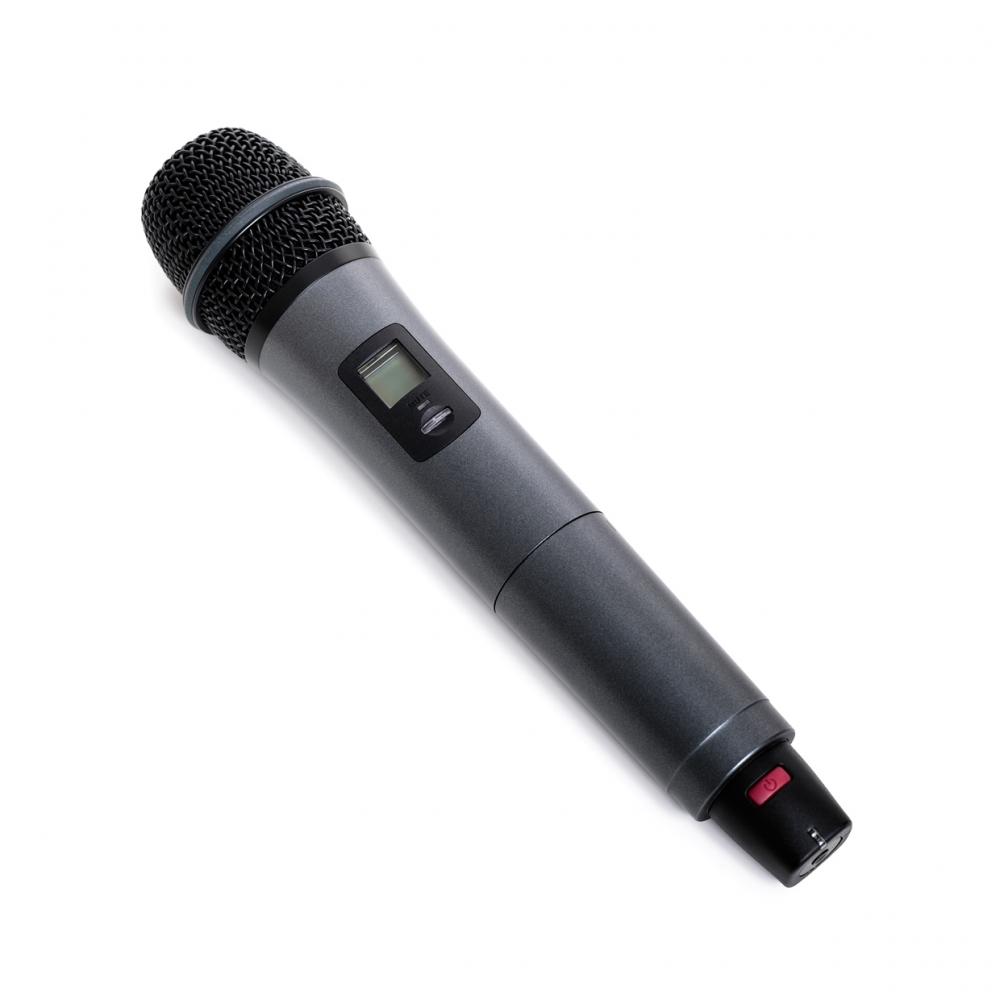 Imagen en la que se ve un micrófono