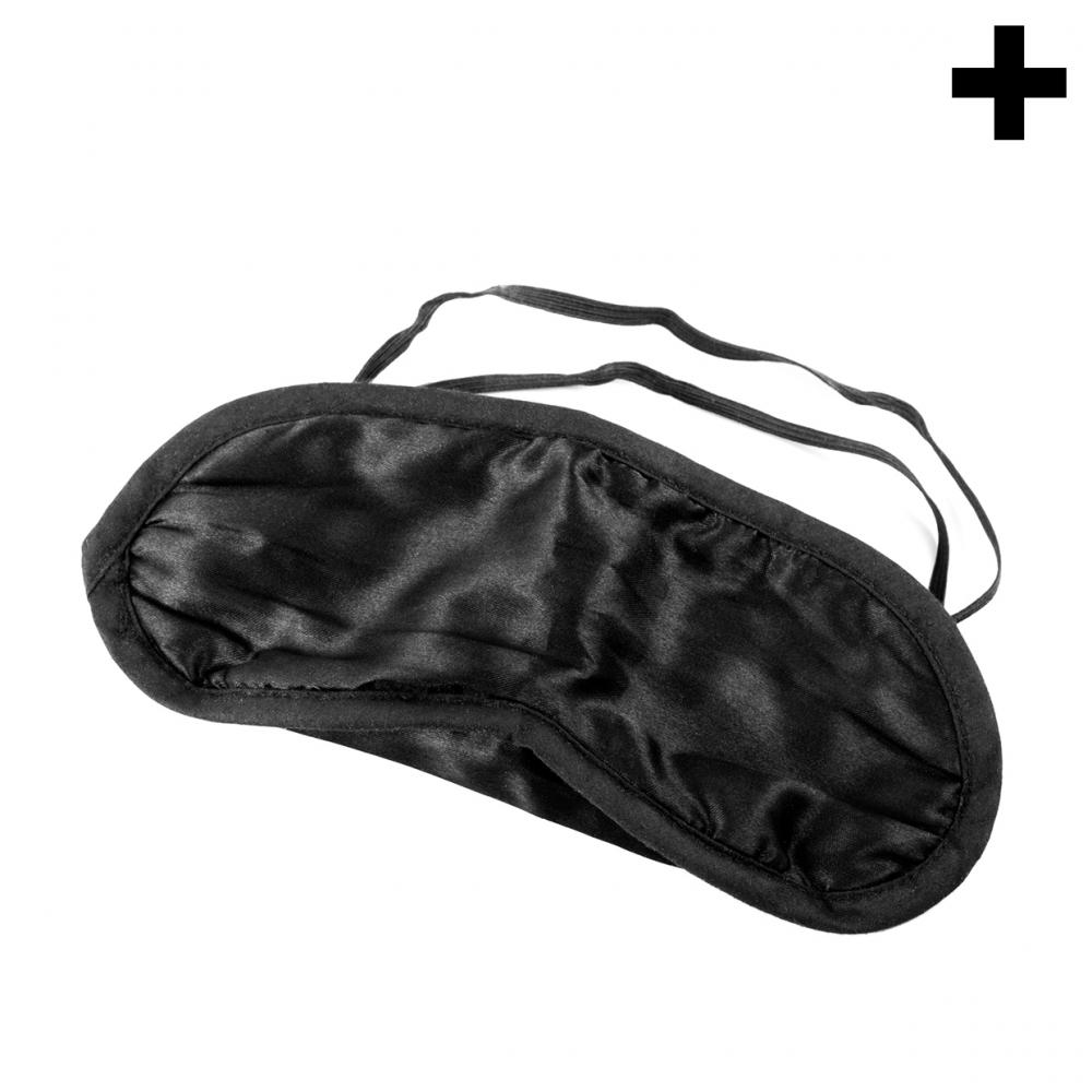 Imagen en la que se ve el plural del concepto máscara de viaje