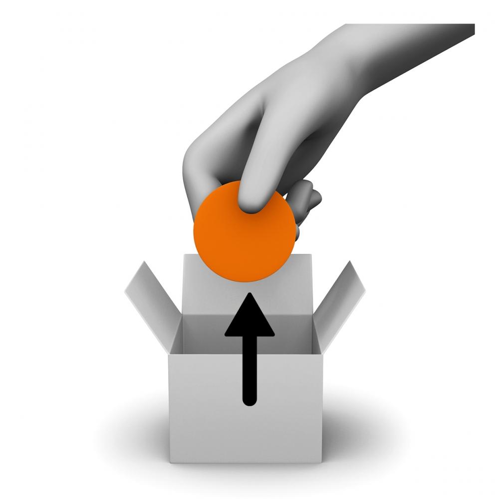 Imagen donde una mano saca una cosa de una caja