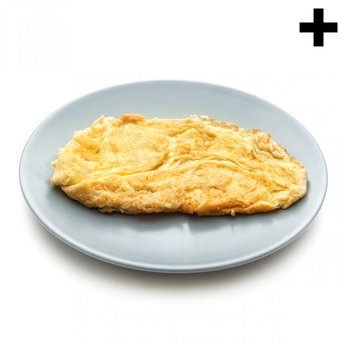 Imagen en el que se ve una tortilla francesa sobre un plato