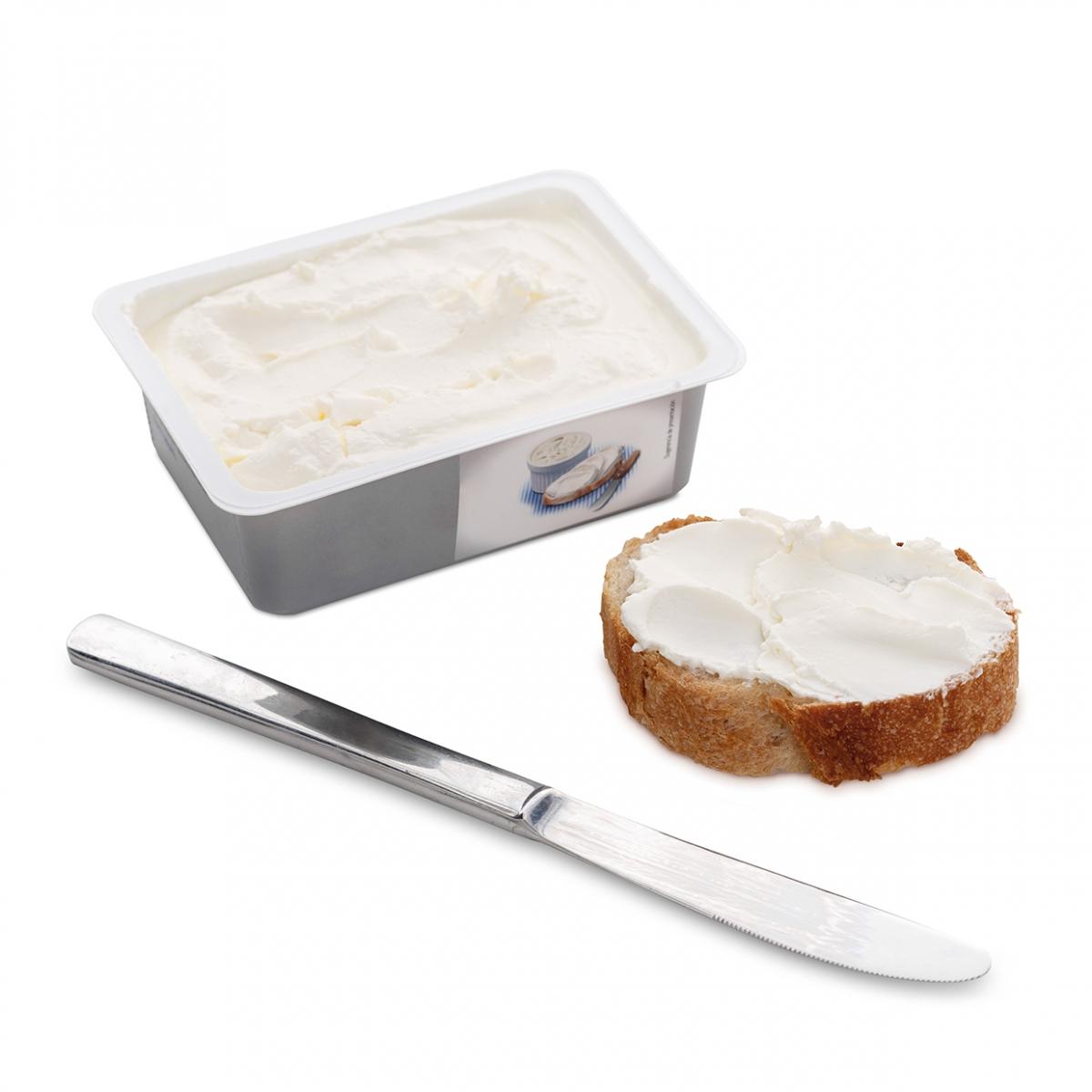 Imagen en la que se ve una tostada untada con queso