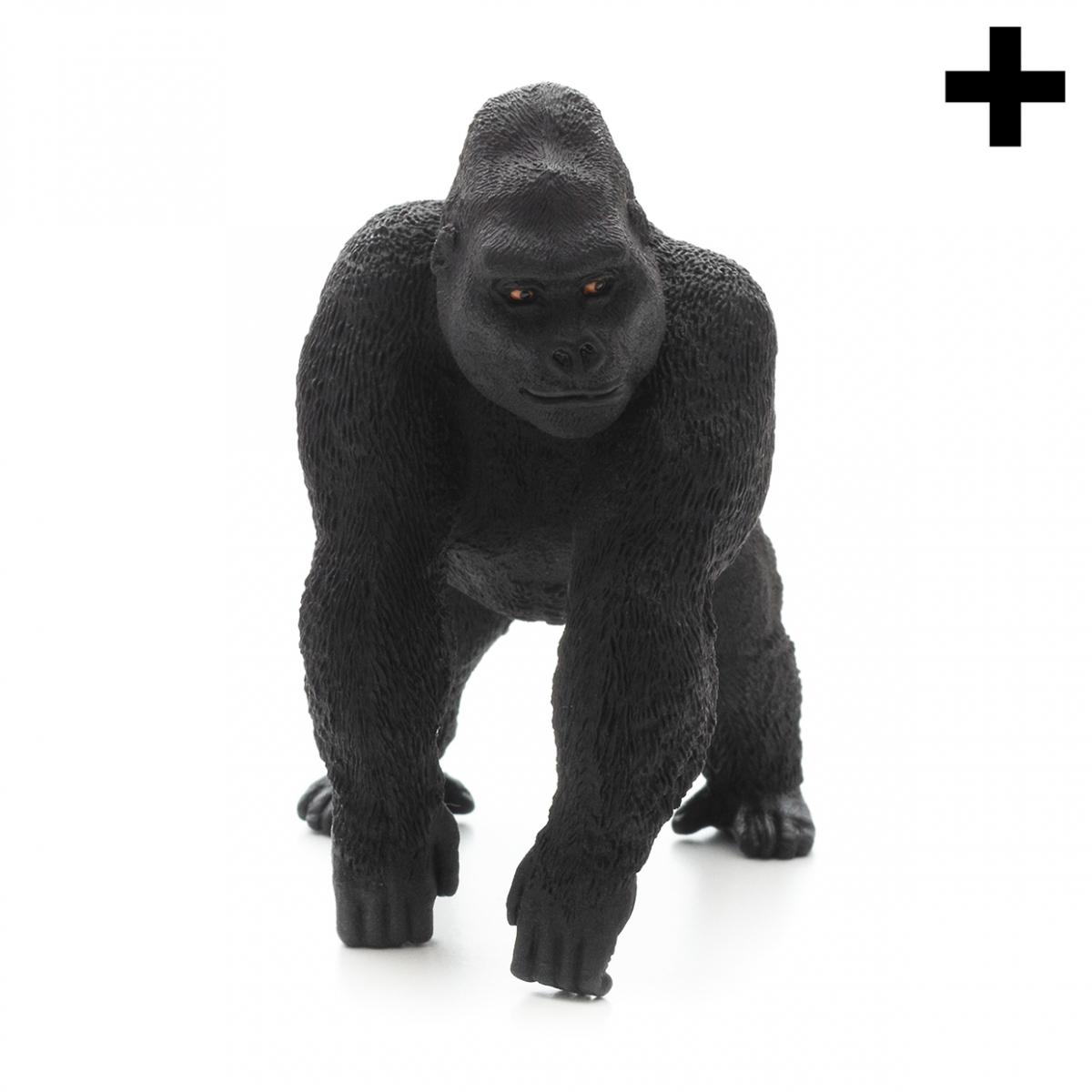Imagen en la que se ve un gorila en perspectiva frontal