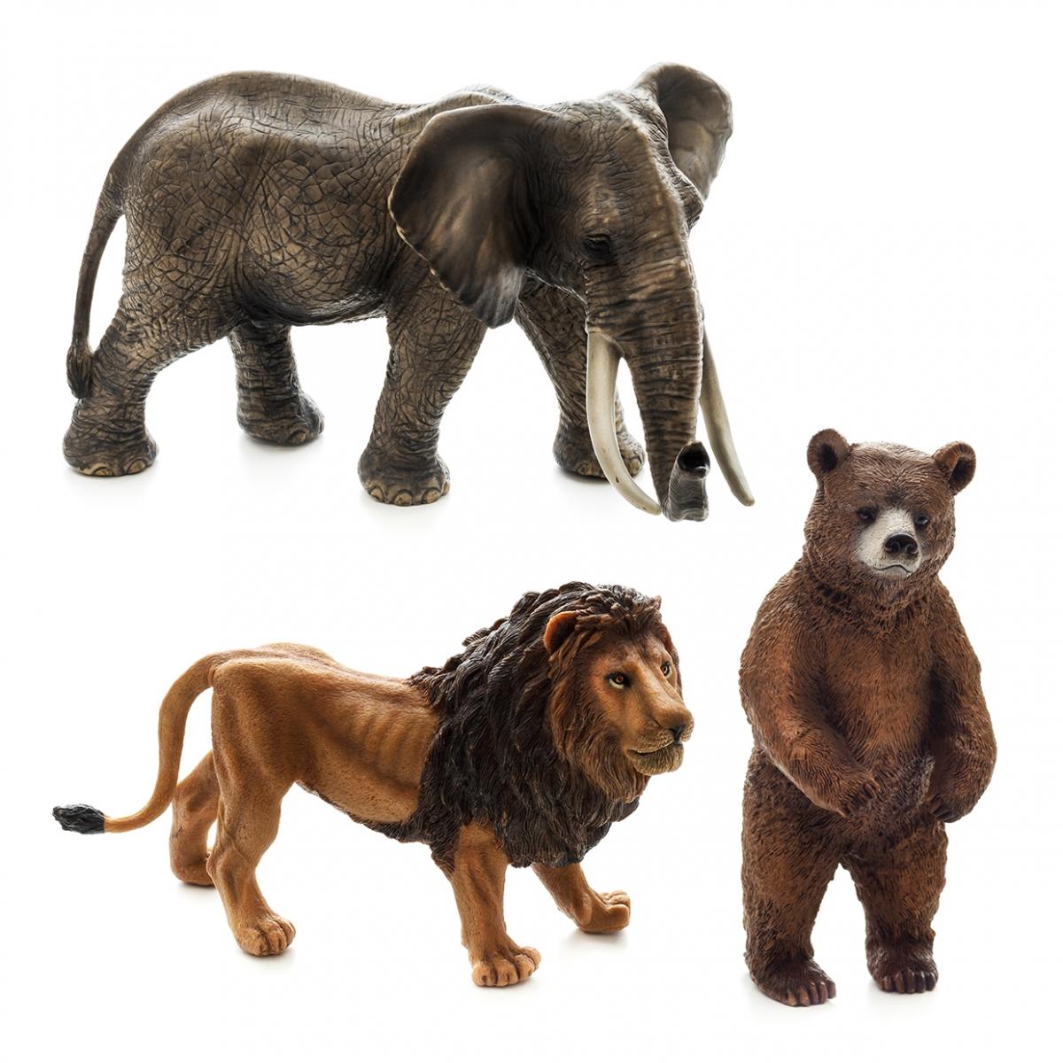 Imagen en la que se ven tres animales: un elefante, un león y un oso