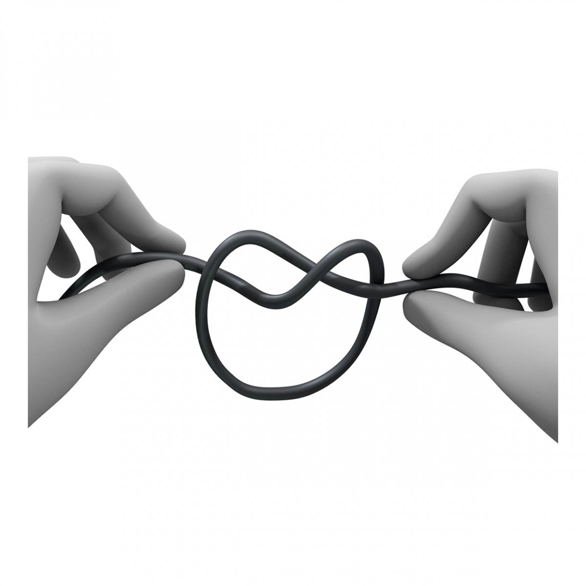 Imagen en la que dos manos están haciendo un nudo