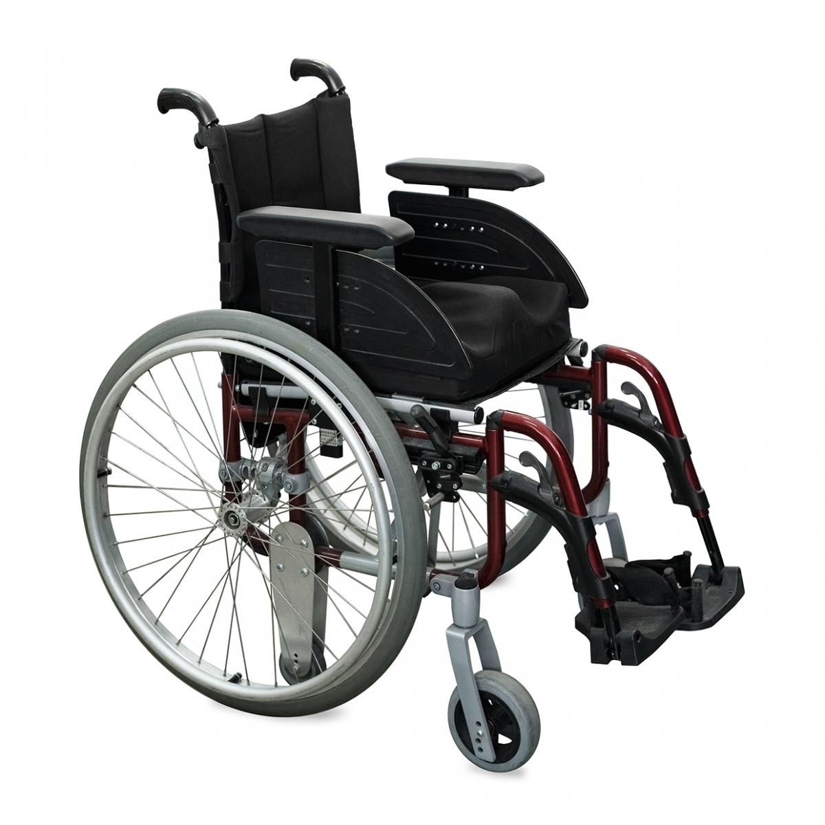 Imagen en la que se ve una silla de ruedas