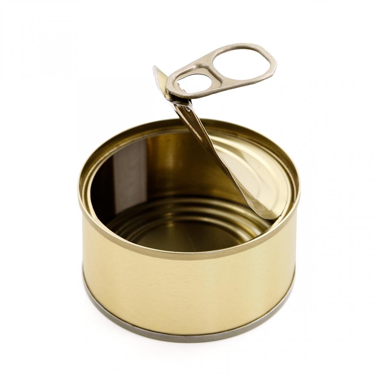 Imagen en la que se ve una lata abierta