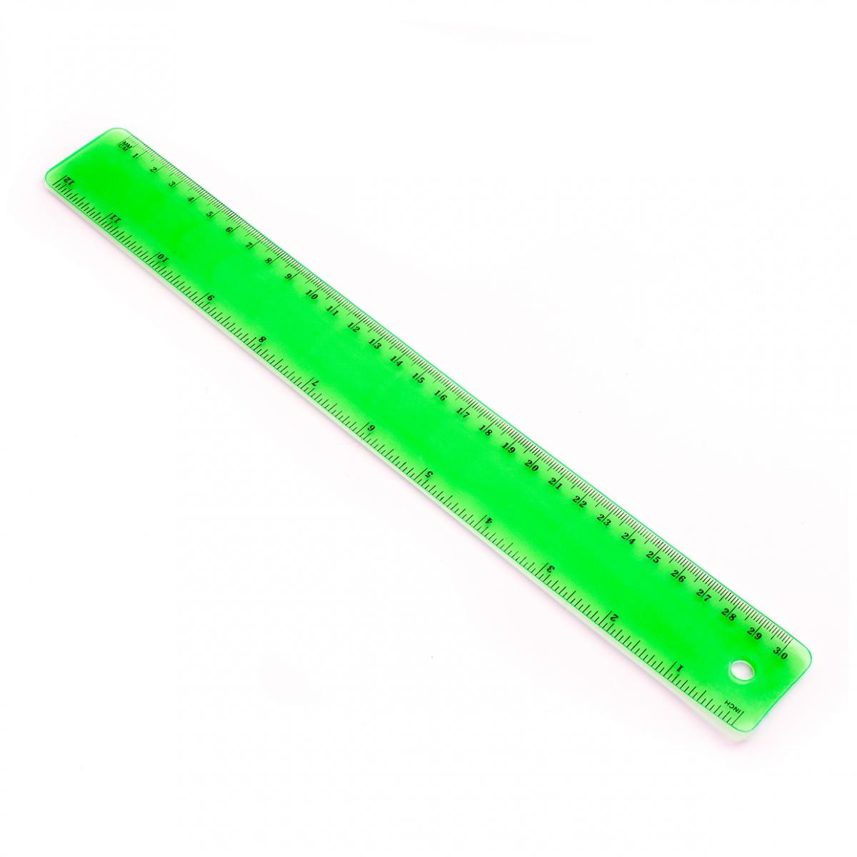 Imagen en la que aparece una regla para medir y trazar líneas rectas