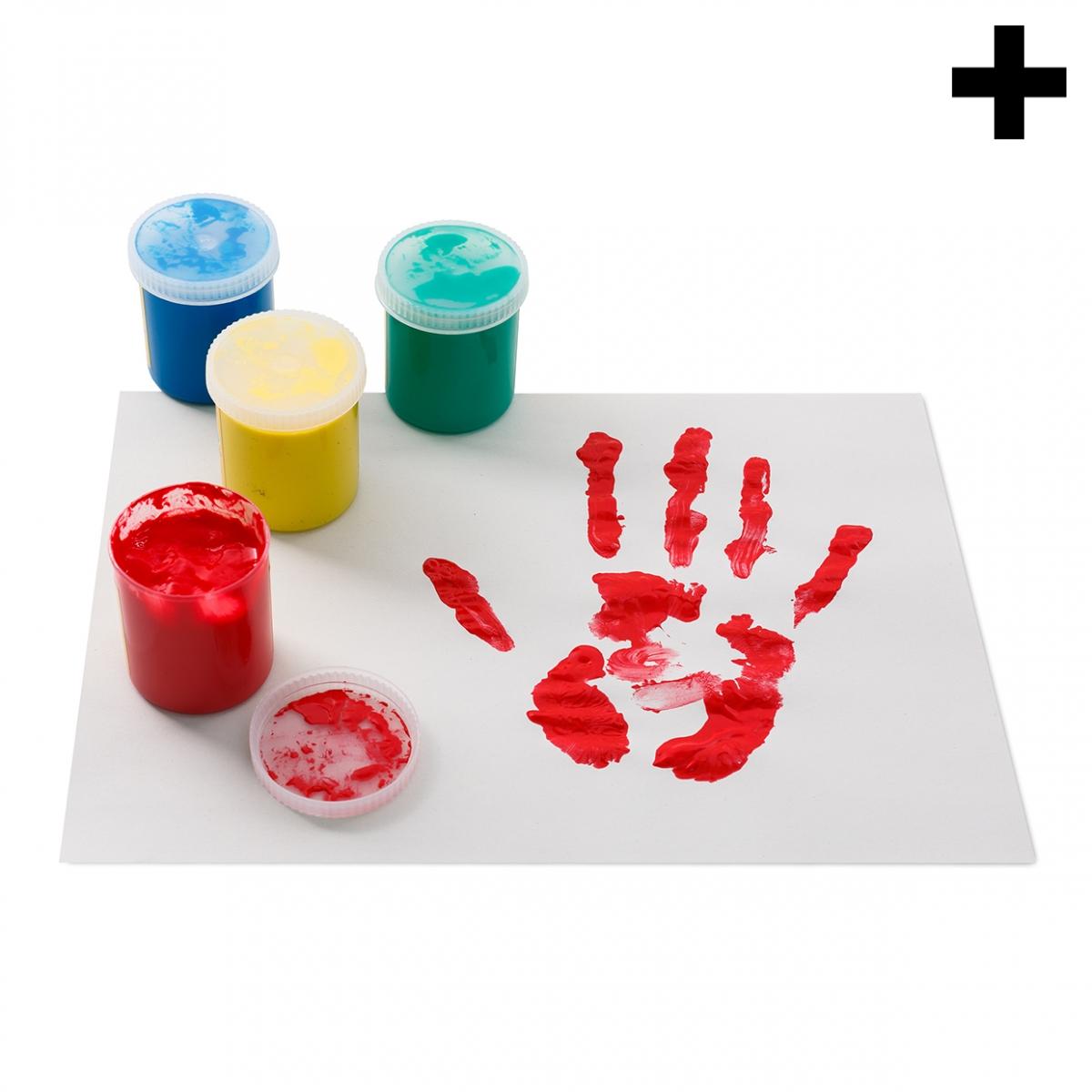 Imagen en la que aparece el plural del concepto pintura de dedos