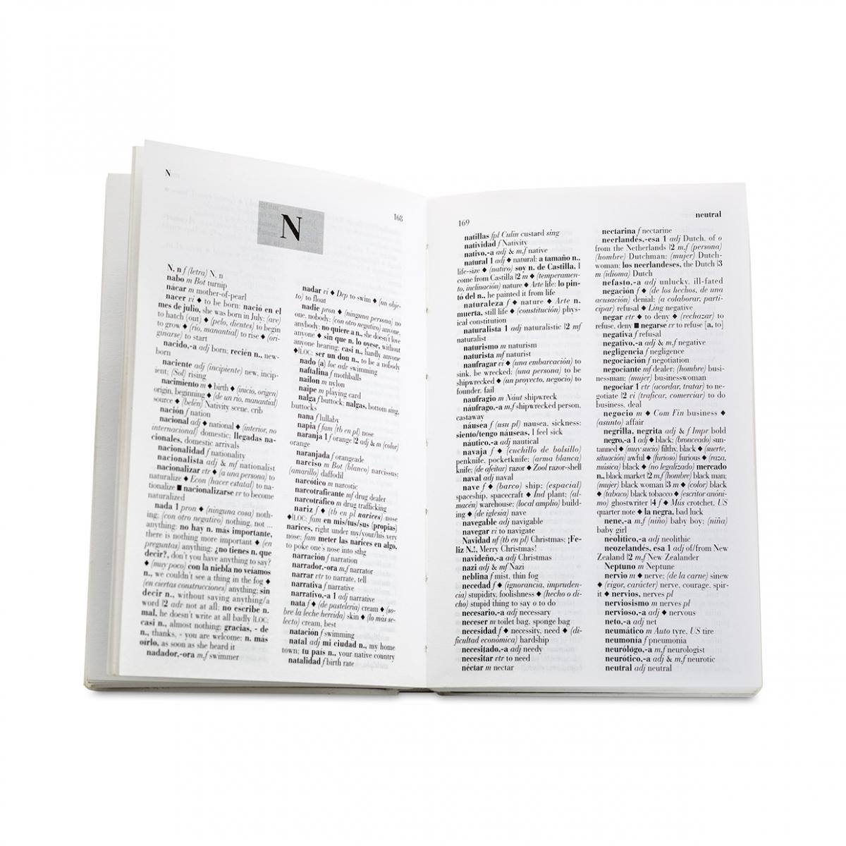 Imagen en la que se ve un diccionario