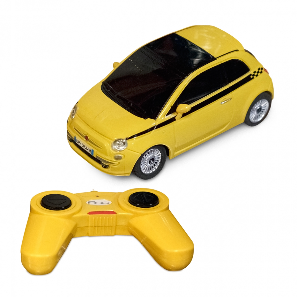Imagen en la que se ve un coche teledirigido