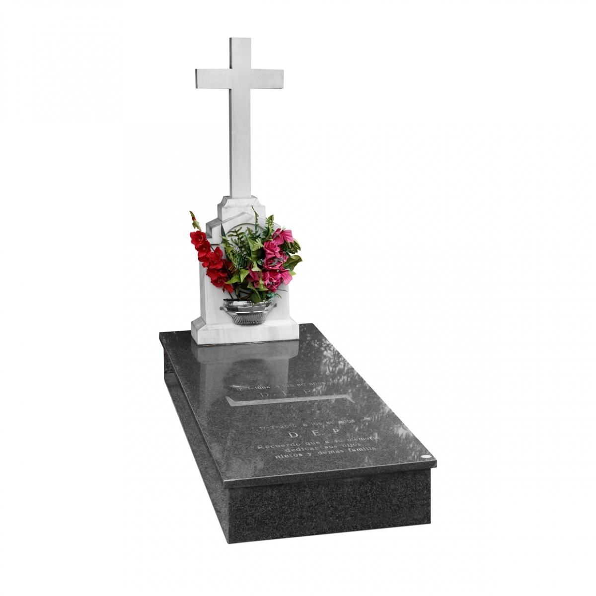 Imagen en la que se ve una tumba