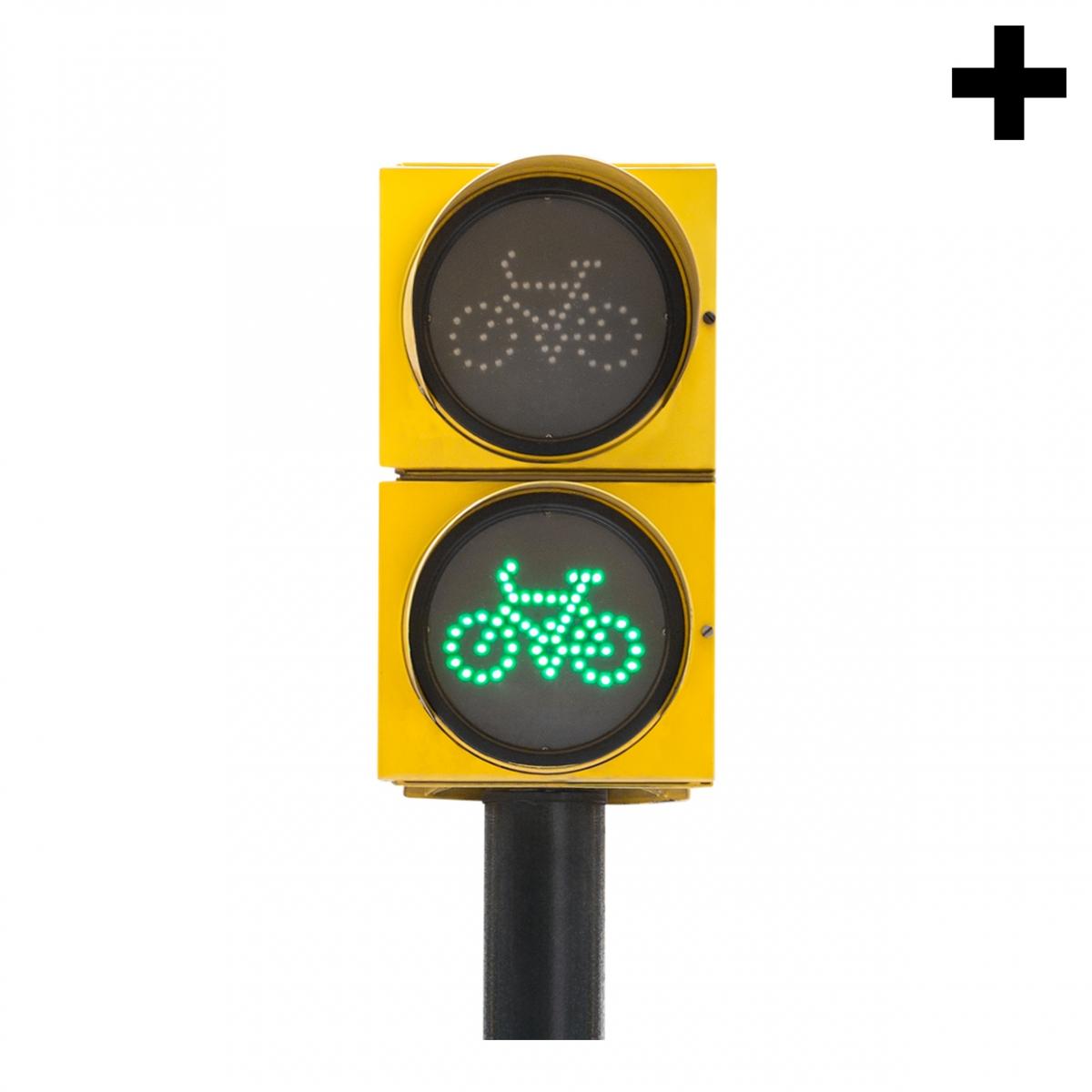 Imagen en la que se ve el plural del concepto semáforo bicicletas