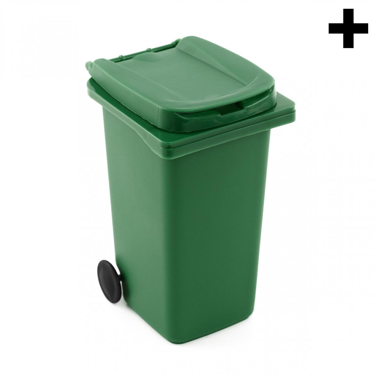 Imagen en la que se ve el plural del concepto contenedor de basura orgánica