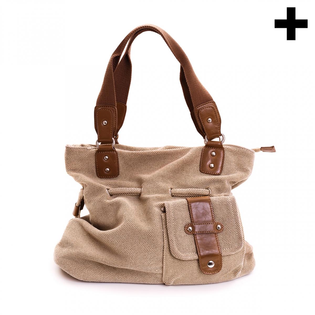 Imagen en la que se ve el plural del concepto bolsos