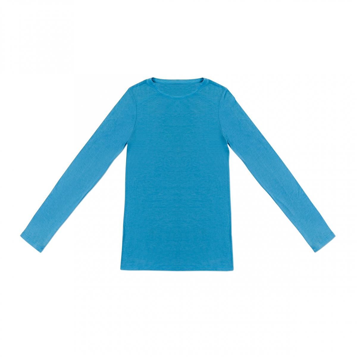 Imagen en la que sale una camiseta de manga larga