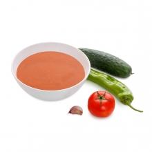 Imagen en la que se ve un plato de gazpacho