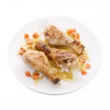 Imagen en la que se ve un plato de jamoncitos de pollo