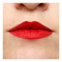 Imagen en la que se ven unos labios