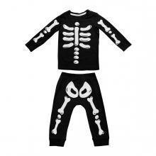 Imagen en la que se ve un disfraz de esqueleto