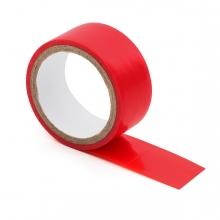 Imagen en la que se ve una cinta aislante roja