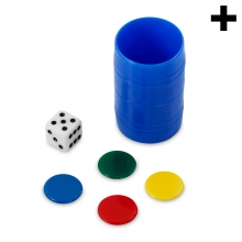 Imagen en la que se ve el plural del concepto cubo de parchís