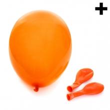 Imagen en la que se ven tres globos, uno hinchado y dos desinchados