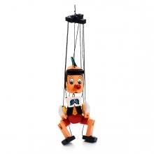 Imagen en la que se ve una marioneta de pinocho