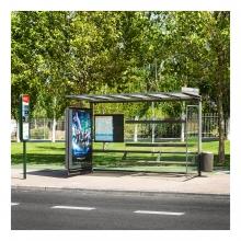 Imagen en que se ve una parada de autobús