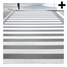 Imagen en la que se ve el plural del concepto paso de peatones