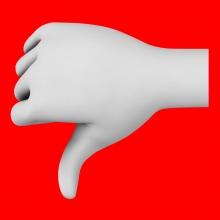 Imagen en la que aparece una mano haciendo el símbolo de desaprobación