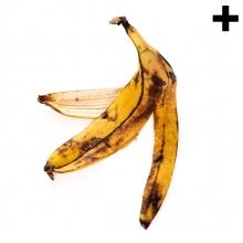 Imagen en la que se ve el plural del concepto cáscara de plátano