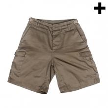 Imagen en la que se ve el plural del concepto pantalón corto