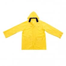 Imagen en la que se ve un chubasquero amarillo