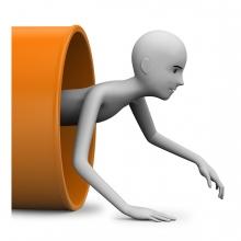 Imagen en la que se ve una persona saliendo de un túnel
