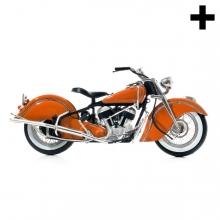 Imagen en la que se ve una motocicleta en perspectiva lateral