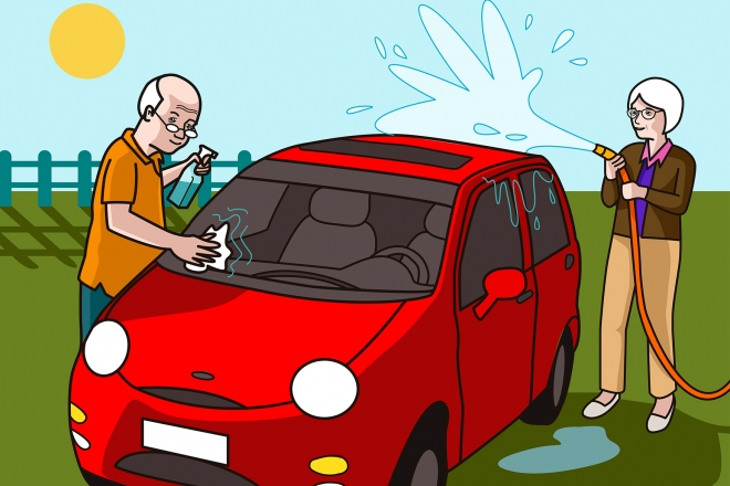 Escena en la que los abuelos limpian el coche